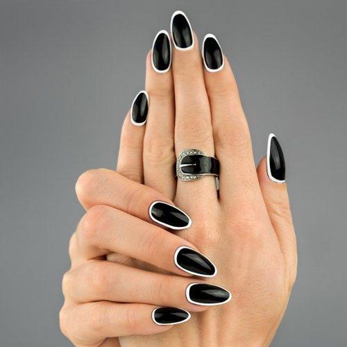 Uñas de Negro Bonitas