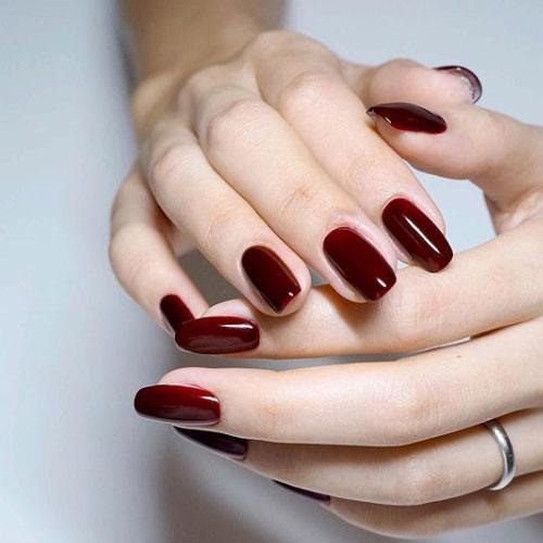 Uñas Rojas Clásico